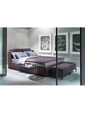 Kira Bed
