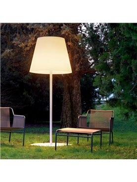 Amax Outdoor Floor Lamp