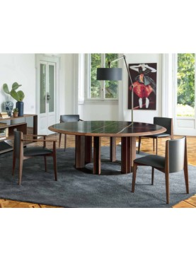 Thayl Table
