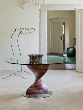 Elika Table